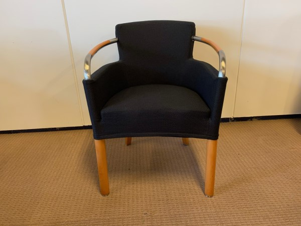 Deijkers meubelen in en verkoop gebruikte design meubels